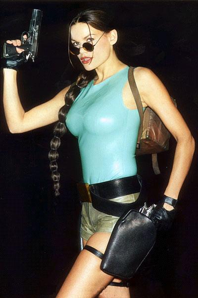 Lara Weller Nude Photos 2